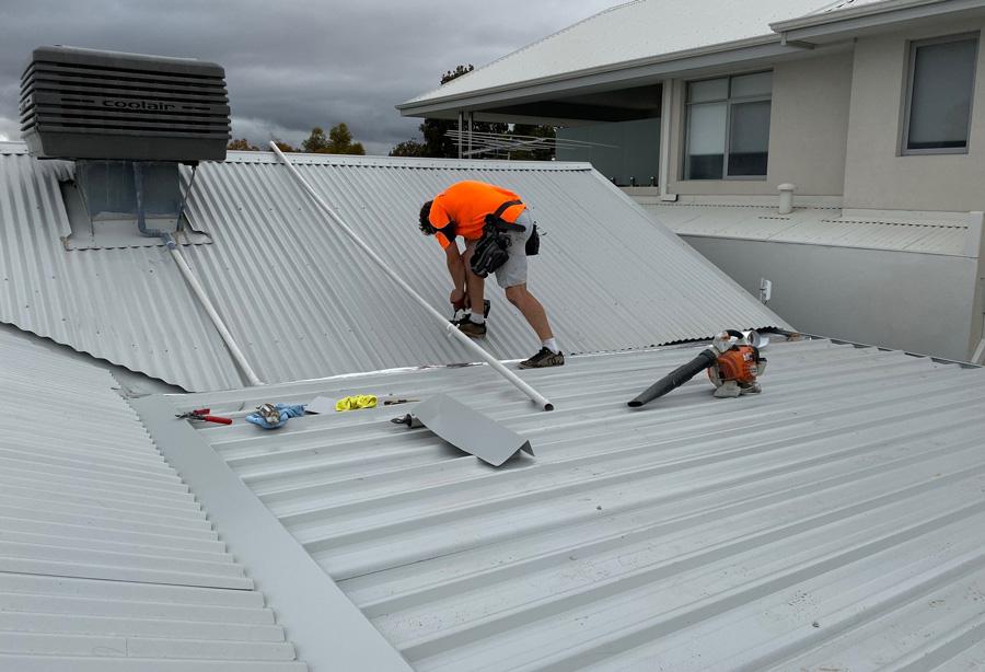 Jeff building new roof